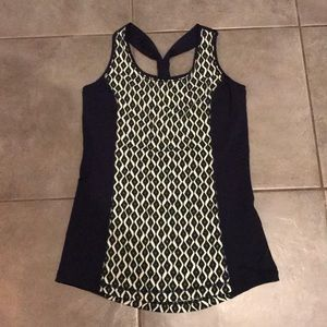 Tops - NWOT Zenergy by Chico's workout top